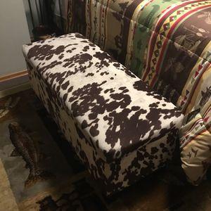 "Soft Cow Print Storage Ottoman Bench 42"" X 18"" X 18"" Tall, New Condition for Sale in Granite Falls, WA"