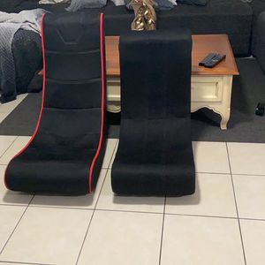 2 Gaming Chairs for Sale in Hollywood, FL