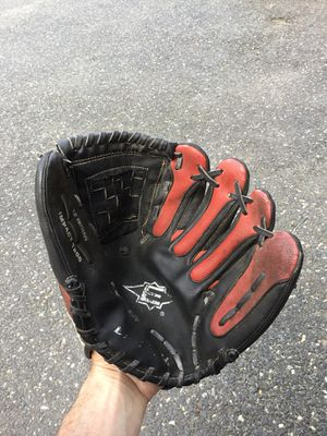 Adult broken in baseball glove worn for Sale in Concord, MA