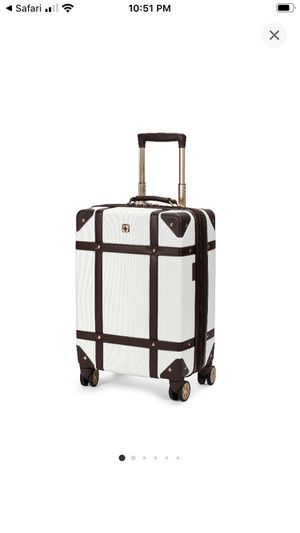 NWT SwissGear suitcase for Sale in San Diego, CA