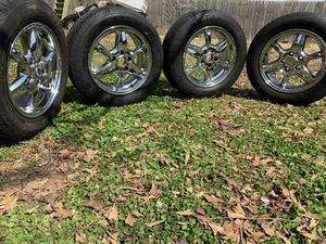 16 inch chrome rims and great tires for Sale in Forest Park, GA