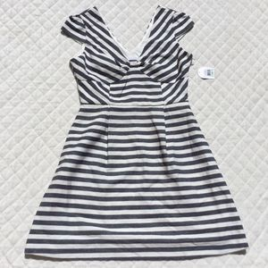 Jessica Simpson ~ Cap Sleeve / Stripe Navy & White Dress ~ New With Tags ~ Check out my Page 😊 for Sale in Fresno, CA