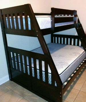 NEW BEAUTIFUL BUNK BED WITH MATTRESSES for Sale in Biscayne Park, FL