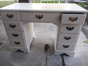 Refinish desk for Sale in Modesto, CA