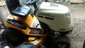 Tractor cub cadete L1045 for Sale in Harlingen, TX