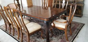 """Fine Dining table by """"Heritage"""" for Sale in Miami, FL"""