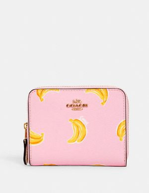 COACH BANANA WALLET for Sale in Fresno, CA