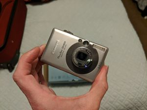 Canon PowerShot SD400 Digital ELPH for Sale in Los Angeles, CA