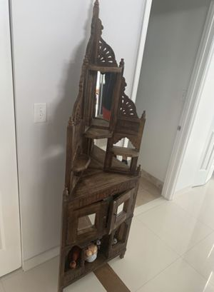 Wooden Corner Stand with mirrored doors. for Sale in Hollywood, FL
