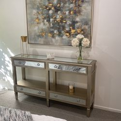 Console Table $200 for Sale in Los Angeles,  CA