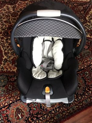 Chicco KeyFit 30 Zip Infant Car Seat for Sale in Crosby, TX