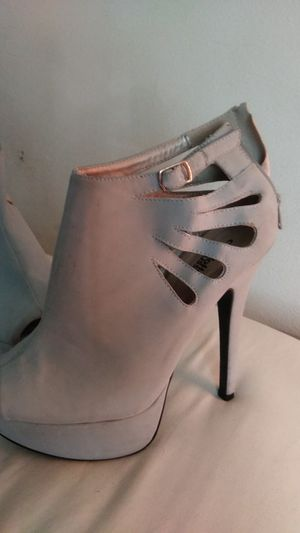 Charlotte russe gray high heels for Sale in St. Louis, MO