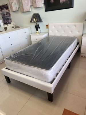 LEATHER Twin bed with mattress $$$269 for Sale in Fort Lauderdale, FL