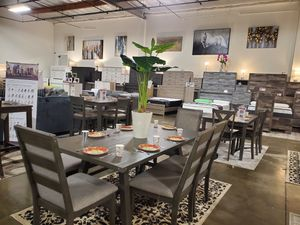 6 Piece Dining Set, Grey Finish for Sale in Santa Ana, CA