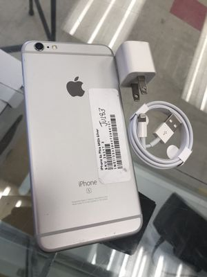 Factory Unlocked iPhone 6s plus 64gb for Sale in Medford, MA
