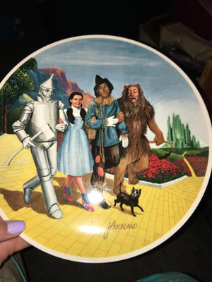 The Grand Finale plate from The Wizard of Oz for Sale in Midlothian, VA