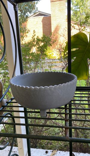 Flower pot - shallow for Sale in Newport News, VA