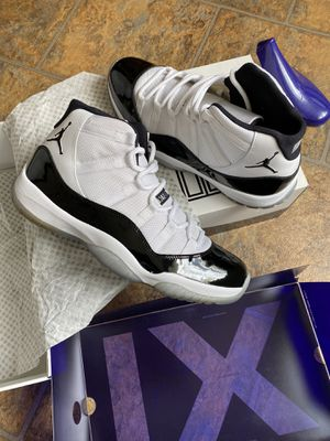 Jordan 11 concord 2011 size 11.5 for Sale in Chicago Ridge, IL