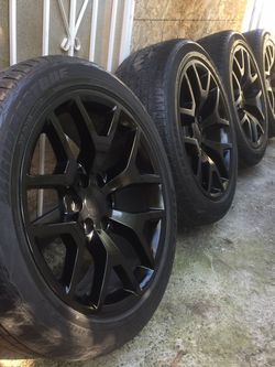 "22"" Gmc Or Chevy Wheels 6lugs 6x139,7 Silverado Tahoe Escalade Avalanches Yukon for Sale in San Leandro,  CA"
