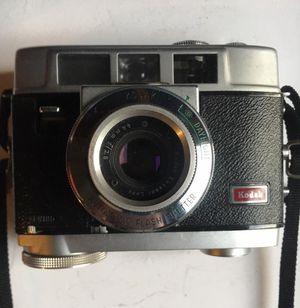 Kodak Motormatic 35F Camera With Leather Case From the 60s for Sale in Dayton, OH