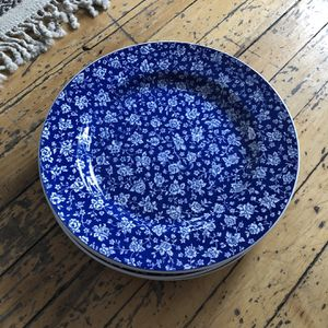 Set Of 5 Ceramic Plates for Sale in Chicago, IL