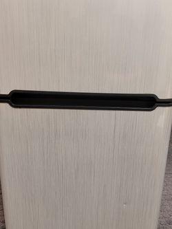 Haier 3.3 Cu. Ft Mini Fridge/freezer for Sale in Largo,  FL