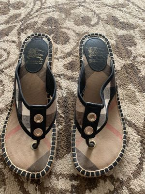 Burberry slip on sandal size 8 for Sale in Mount Prospect, IL