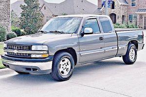 ֆ12OO 4WD CHEVY SILVERADO 4WD for Sale in Silver Spring, MD