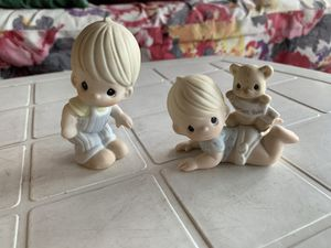 Precious Moments Baby and Toddler Figurines 2 piece set for Sale in Cambridge, MA