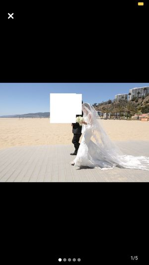 Beautiful Ivory Wedding Dress for Sale in Los Angeles, CA