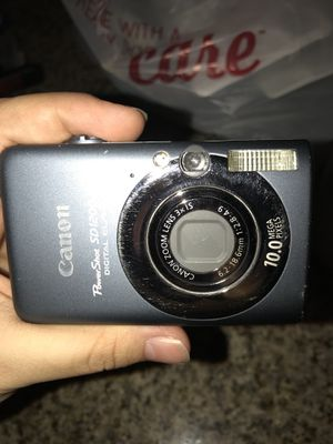 canon powershot sd1200 is digital elph for Sale in North Las Vegas, NV