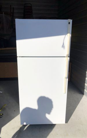 Refrigerator Freezer stand up - great condition for Sale in Fort Myers, FL