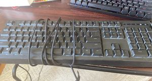 Razer Blackwidow Chroma Keyboard (Rainbow) for Sale in Hamilton, VA