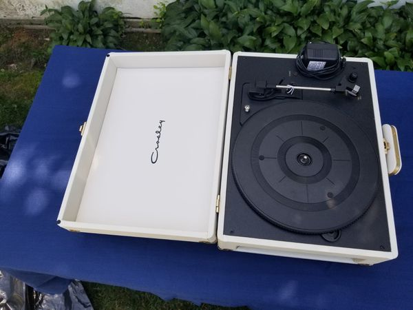 crosley vintage portable usb vinyl record player for sale in queens ny offerup. Black Bedroom Furniture Sets. Home Design Ideas
