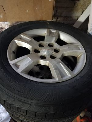 GMC Acadia 255/65R18 wheels & tires for Sale in Joliet, IL