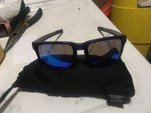 akley Holbrook Mix Prizm Polarized Sunglasses, Steel/Prizm Sapphire Polarized for Sale in Phoenix, AZ