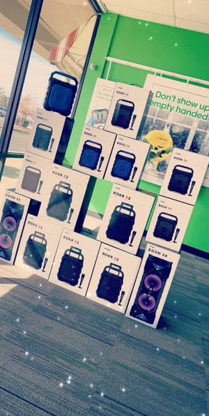 BLUETOOTH SPEAKERS for Sale in Greenwood, MS