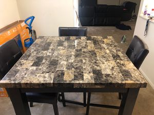 Dining room table with high chairs for Sale in Suitland, MD