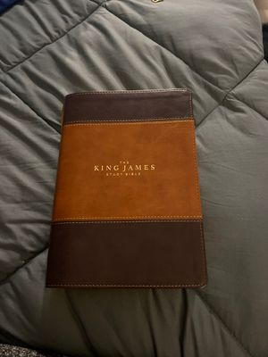 King james study bible for Sale in Grosse Ile Township, MI
