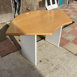 Corner Desk for Sale in Los Angeles,  CA