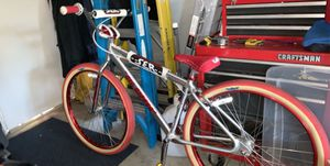 2018 red and chrome 40th anniversary se bike for Sale in Livermore, CA