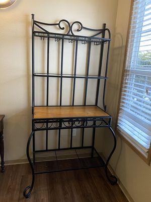 Bakers rack/wine rack for Sale in Sumner, WA