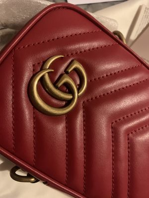 Authentic Gucci Crossbody Bag for Sale in Des Moines, WA