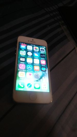 IPhone 5 in perfect condition and working! for Sale in Vancouver, WA