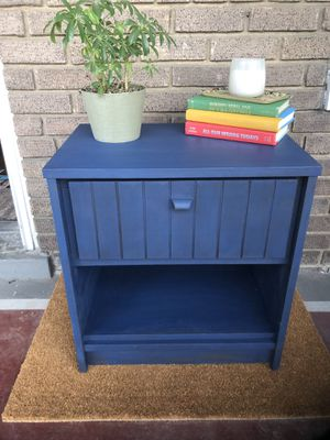 Navy side table/end table/nightstand for Sale in Washington, DC