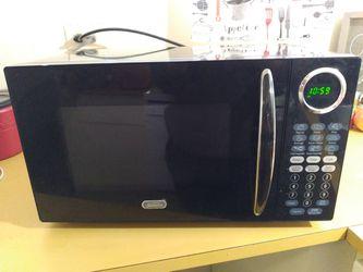 Sunbeam 900 watt microwave for Sale in San Angelo,  TX