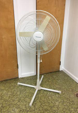 Fan for Sale in Clinton Township, MI