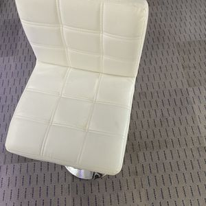 Bar Stool White for Sale in Langhorne, PA
