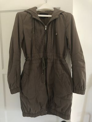 BCBG Max Azria Olive Green Parka Jacket for Sale in Beverly Hills, CA