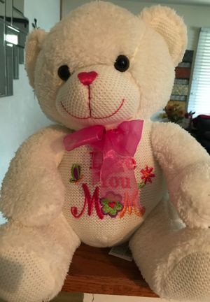 Love you mom teddy bear for Sale in Wauconda, IL
